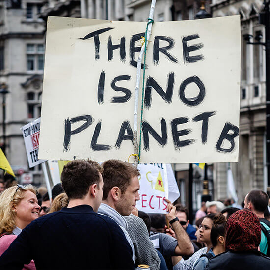 Merel-Hoftijzer-columnist-OW-Magazine-Climate-march-protest-home
