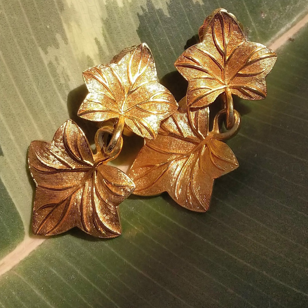Christian-Dior-Gold-leaves-earrings-80's-home