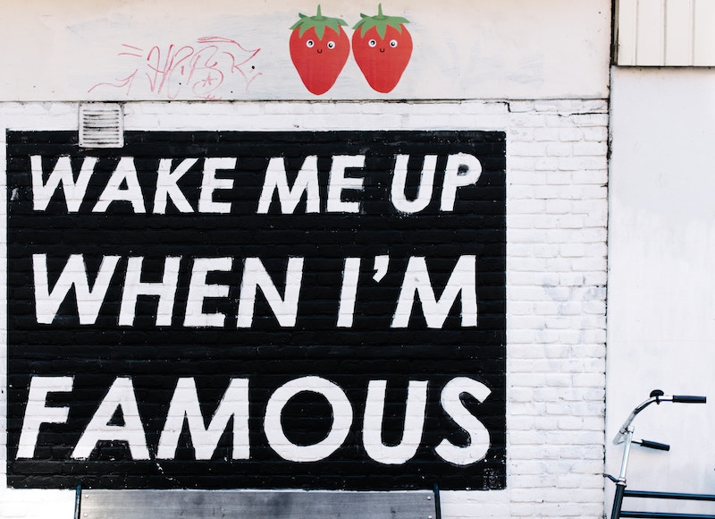 Wake-me-up-when-im-famous-bench-amsterdam-800x580